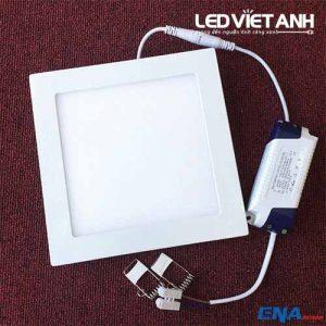 led-am-tran-vuong-15w-avp-01