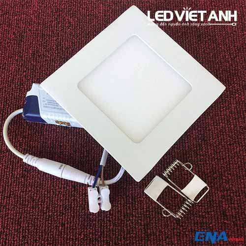 led-am-tran-vuong-6w-avp-3mau-01