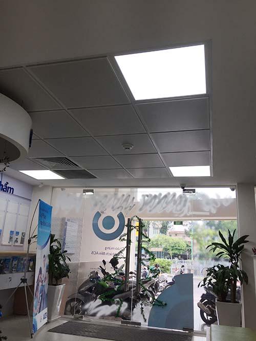led-panel-vuong-tại-acb-2